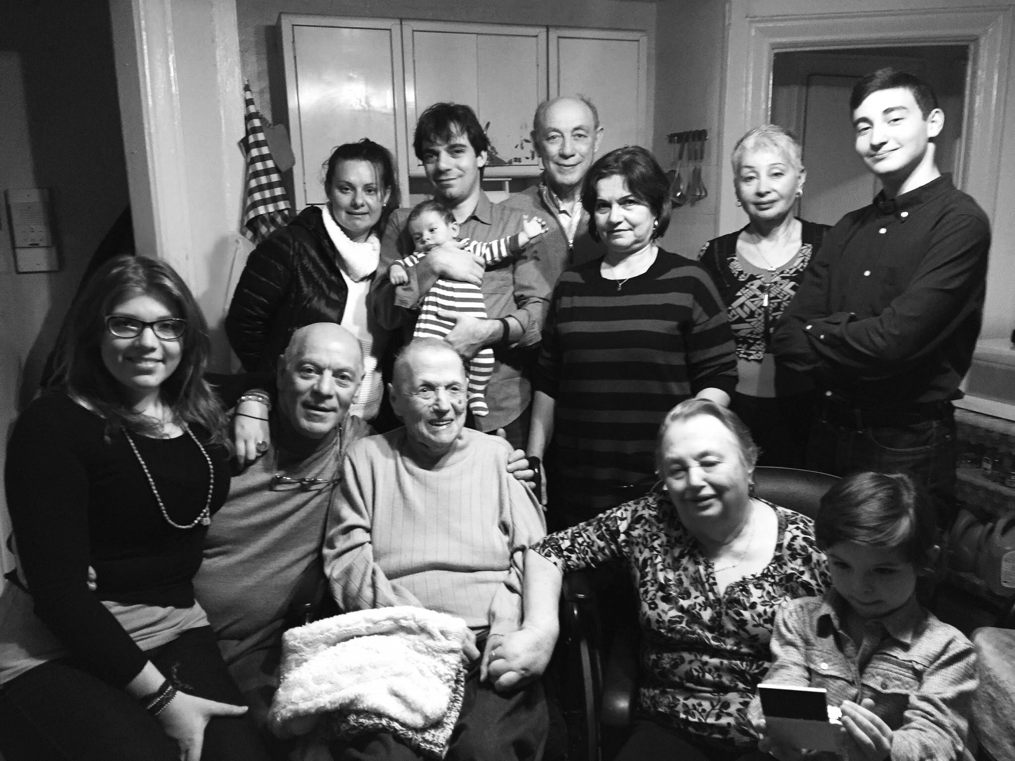 История одной зрелой тети и её племянника фото 529-23